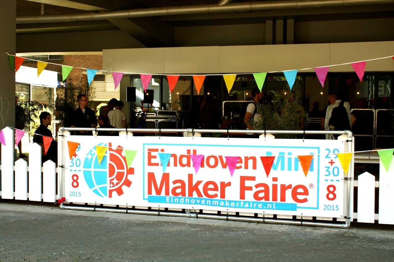 Ford Garage Eindhoven : Eindhoven mini maker faire plugnmake news