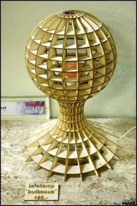 FabLab013 laser cut table lamp