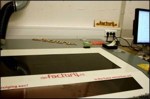 de-factorij laser cutter